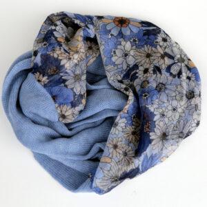 Infinity scarf, blue