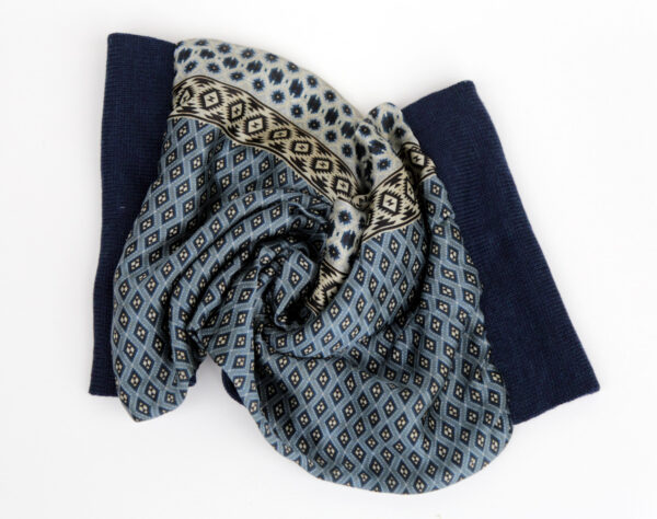 Infinity scarf, dark blue